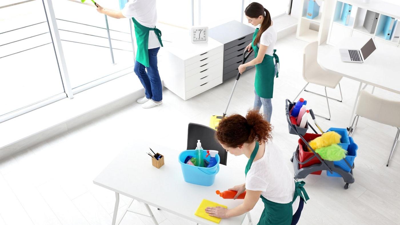 Генеральне прибирання приміщень з професійним підходом і 100% гарантією якості виконаних робіт з Клінінгової компанією з прибирання квартир, будинків офісів, котеджів у Вінниці – Cleaning Group